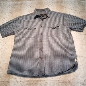 Eddie Bauer Relaxed Fit Shortsleeve Button Up